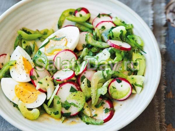 Салат со свежим огурцом, редиской и курицей - рецепт пошаговый с фото