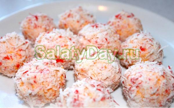Прекрасный салат «Рафаэлло» - воздушные шарики