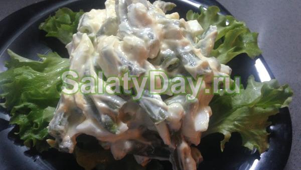 """Салат """"Нежность"""" с курицей и стручковой фасолью"""