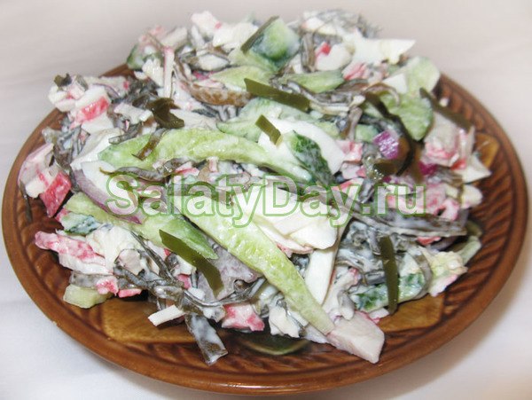 Салат из ламинарии и крабовых палочек - рецепт пошаговый с фото