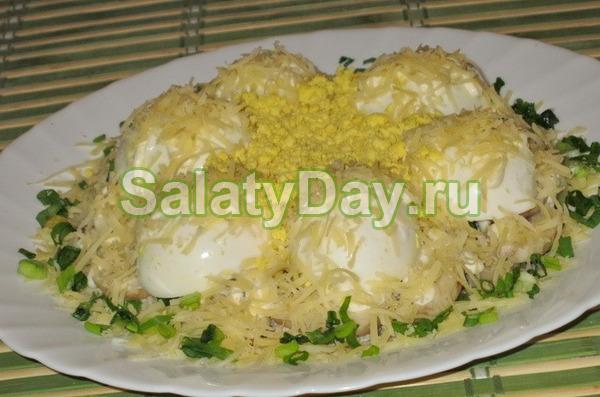 Салат новогодний «Сугробы»
