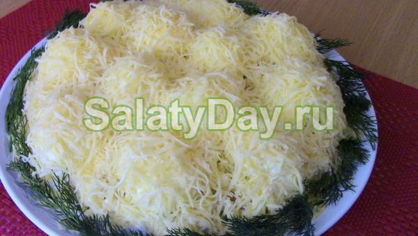 Нарядный салат «Сугробы»