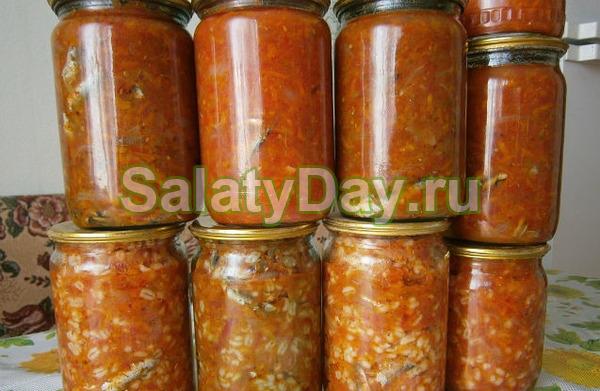 Салат с килькой с рисом или перловкой
