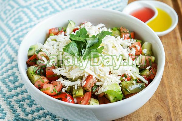 Салат «Шопский» с овощами и брынзой - легкий, ароматный, полезный