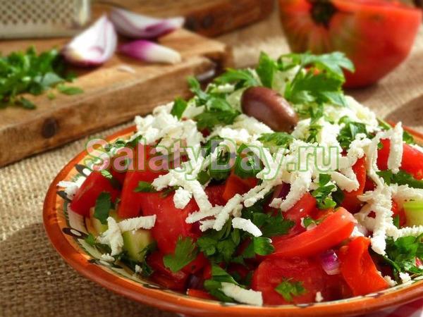Салат «Шопский»- с печеным болгарским перцем и другими овощами
