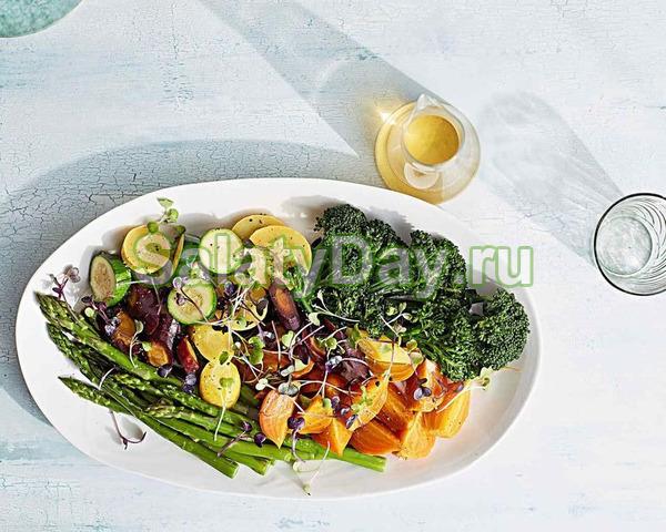 Салат из вареных овощей и маслом грецкого ореха