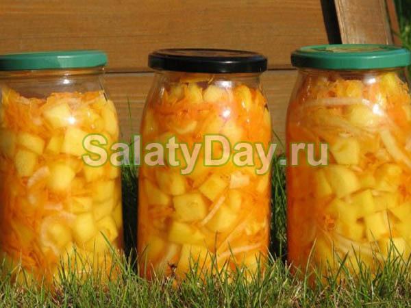 Зимний салат из кабачков, лука и моркови