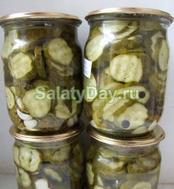 Салат из огурцов с горчицей на зиму «оригинальность»