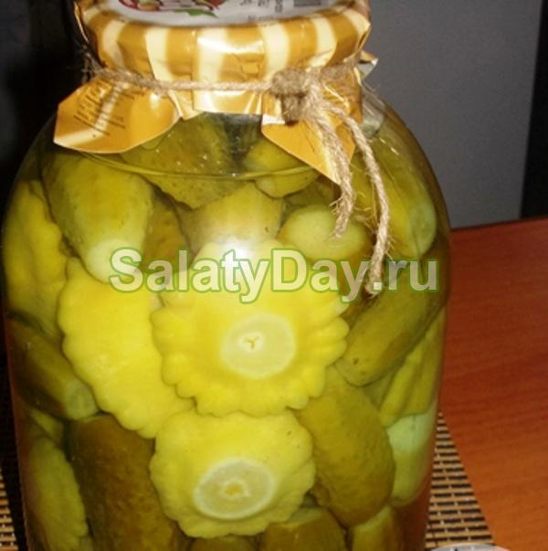 Салат из патиссонов на зиму с огурцами