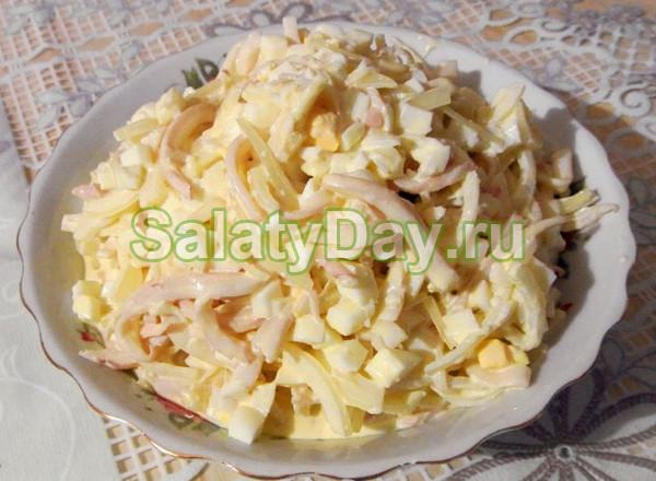 Салат с сыром косичкой и корейской морковью #8