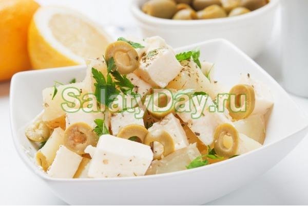 Картофельный салат с сыром фета