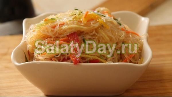 Салат с фунчозой по ко-корейский