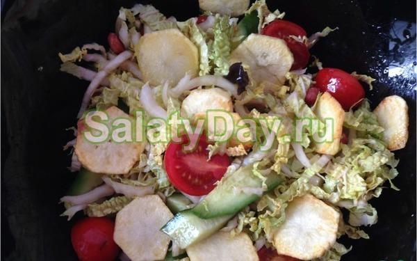 Салат с чипсами – оригинальное блюдо: рецепт с фото и видео