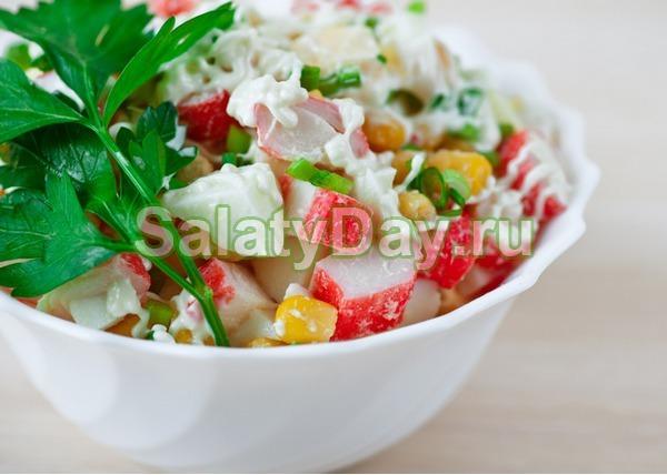 Салат крабовый с кукурузой классический