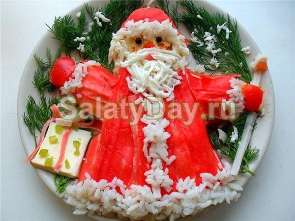 Салат крабовый с кукурузой «Дед Мороз»