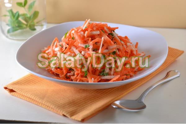 Хреновая закуска на зиму с морковью и яблоками