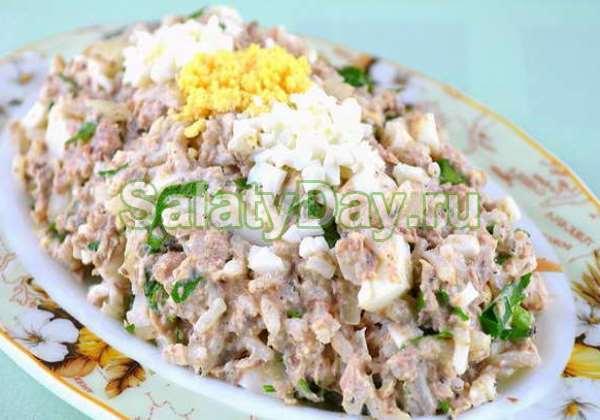 салат нежность рецепт с сайрой консервы