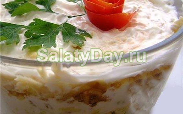 """Салат """"Нежный"""" с говяжьей печенью и яблоками"""
