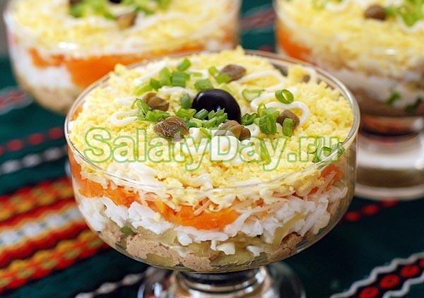 Слоеный салат «печень под шубой»