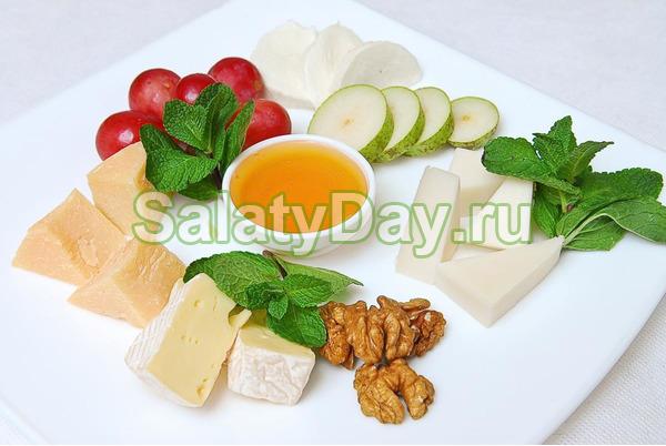 Закуска к коньяку «Сырная»