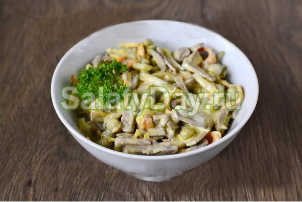 печеночный салат рецепт с морковью и луком слоеный