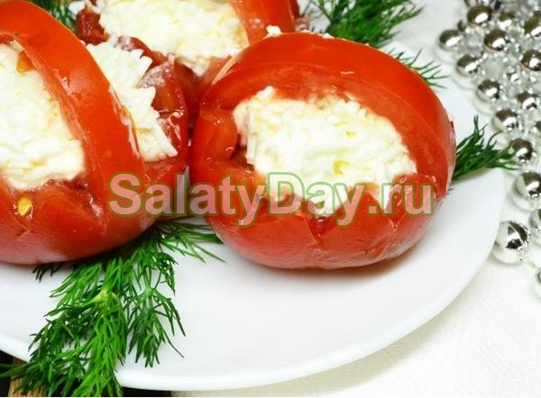 Корзинки с помидорами