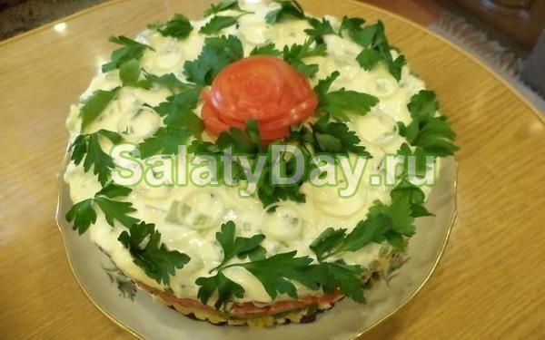 Салат из белой редьки и картофеля